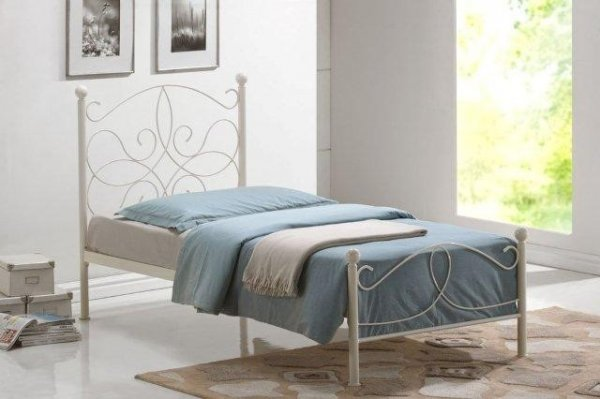 Time Living Melissa Metal Bed