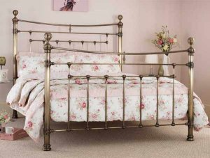 Edmond_Metal_Antique_Brass_Bedstead_2.jpg