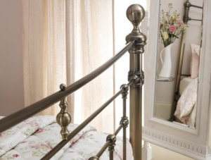 Edmond_Metal_Antique_Brass_Bedstead_4.jpg