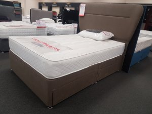 Double Salus 4 Drawer Base With Headboard *Display Model*