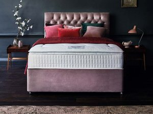 Sleepeezee Cooler Supreme Divan Set